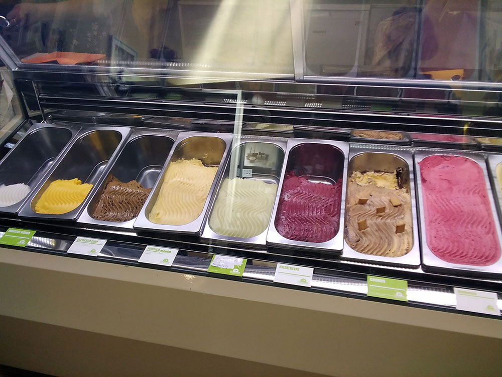 Tricolore - Pizza, Eis & mehr in Onkel Toms Ladenstraße in Berlin-Zehlendorf