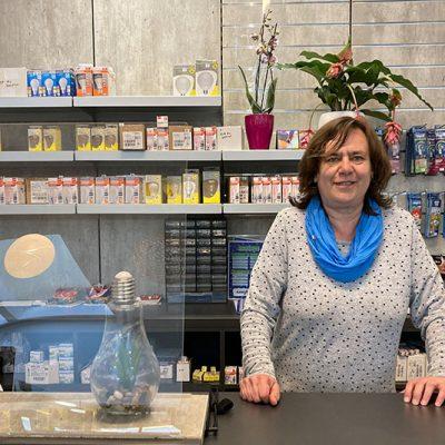 Im neuen Laden von Elektro Schäffler nach der Wiedereröffnung im Mai 2021