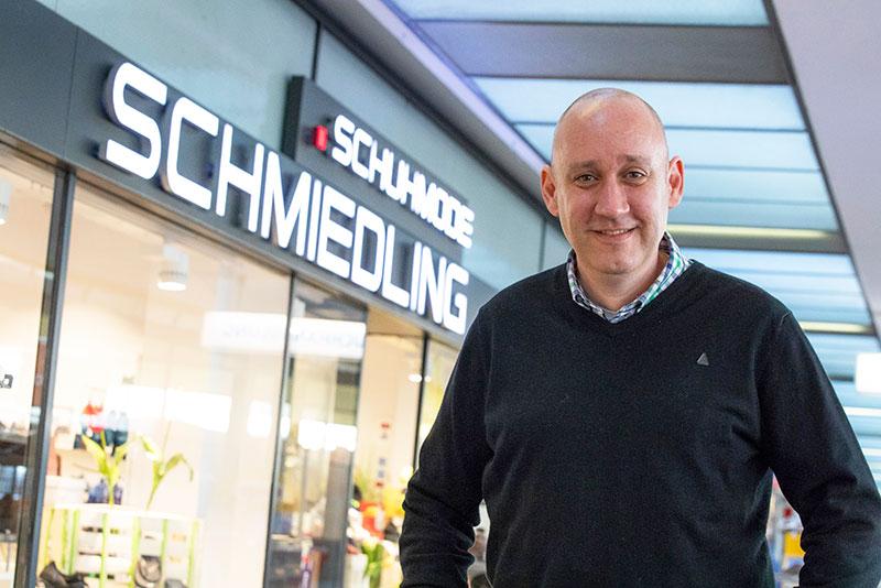 Schuhmode Schmiedling in Onkel Toms Ladenstraße in Berlin-Zehlendorf